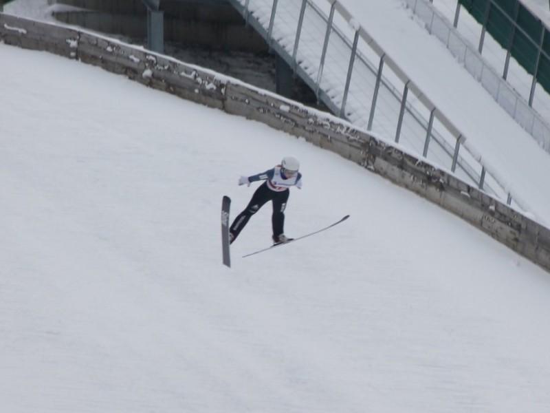 Skispringen: Nora gewinnt Silber an der Schweizermeisterschaft!