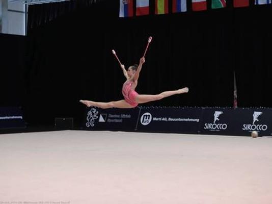 Rhythmische Gymnastik: Mila Petrovic wird 3. am Zürich Cup 2020