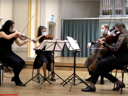 Musik: Violine - Emma erreicht ersten Platz mit Auszeichnung!