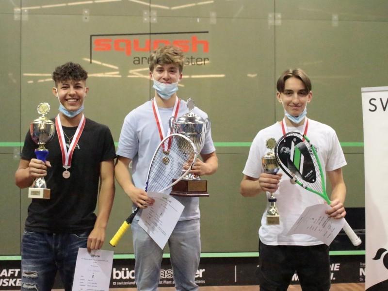 Squash: Gold für Nico an der Schweizermeisterschaft!